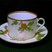 Beautiful Fitz and Floyd 1982 Christmas Holly Cup and Saucer