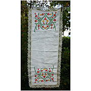 Embroidered Red Yellow Green Flowers Lace Trimmed Runner