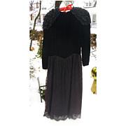 SALE Black Velvet Lace and Satin Jessica McClintock Party Dress