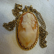 Elegant Lady Oval Shell Cameo Necklace 14K Gold Filled