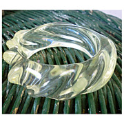 SALE Very Chunky Swirl Clear Lucite Bangle Bracelet Vintage 60s