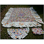 1930s Yo Yo Quilt with Applique Skirts and Pillows Set