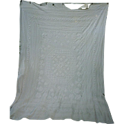 Fancy Candlewick Pattern White Cutter Chenille Spread
