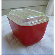 Pyrex Primary Colors Leftovers Refrigerator Red 1 ½ Cup Dish and Lid Set