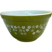 Spring Blossom Green Beaded Edge Mixing Bowl 401