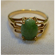 Oval Green Jade 14K Gold Ladies Ring Narco