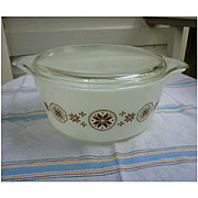 Pyrex Town and Country 475 Casserole with Lid 2 ½ Qt