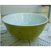 Pyrex Verde Beaded Edge Nested Mixing Bowl 403 2 ½ Qt