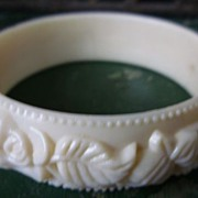 SALE Roses and Leaves Creamy White Hard Plastic Molded Bangle