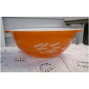Pyrex Autumn Harvest Pattern Cinderella mixing bowl #443