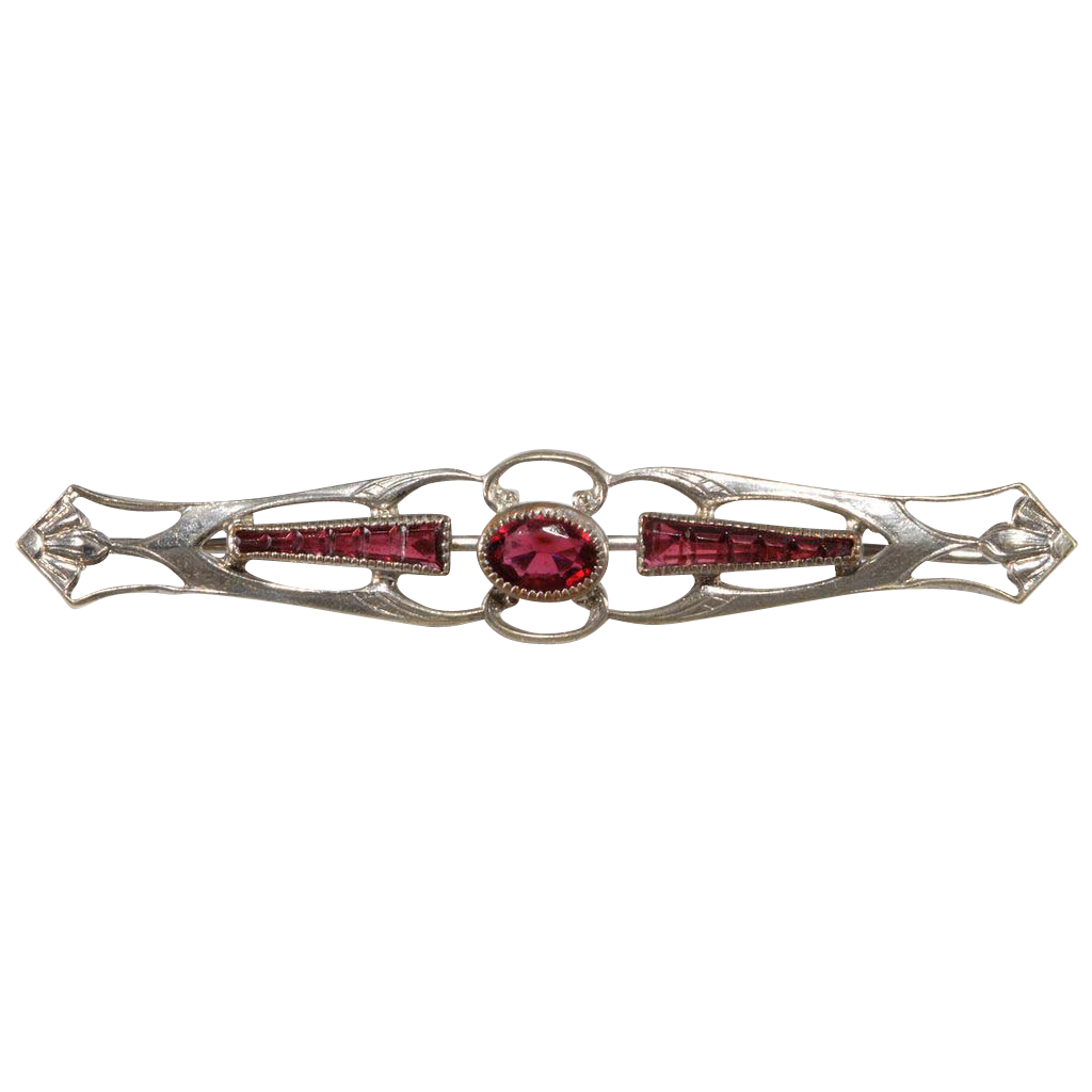 Art Nouveau Ruby Rhinestone Bar pin c. 1900 - 1910