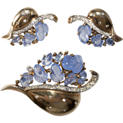 Trifari Blue Fruit Salad Floraleaf Brooch Earrings Set Vintage 1940s