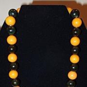 Vintage Butterscotch and Deep Green Bakelite Beaded Necklace