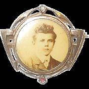 10K Victorian Picture Brooch Instant Ancestors