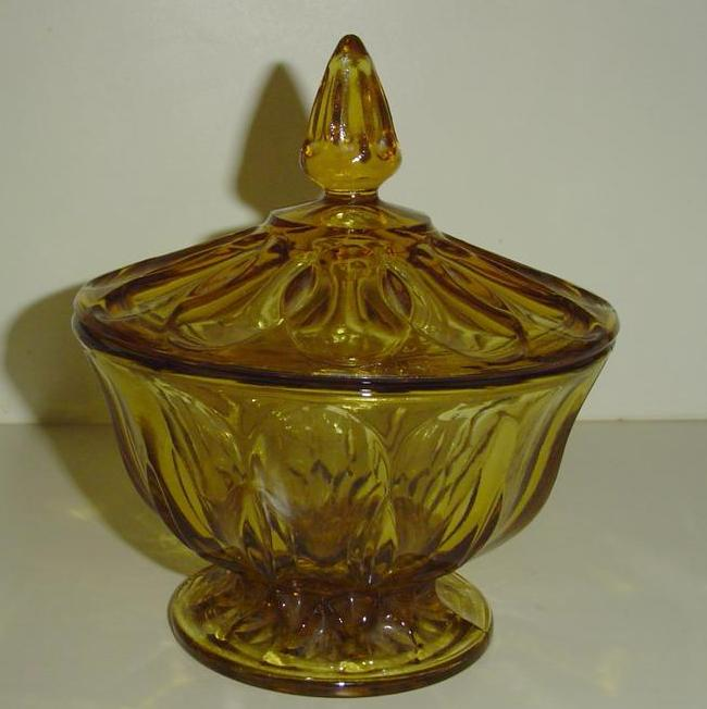 Anchor Hocking 'Fairfield' Pattern  Covered Candy Dish
