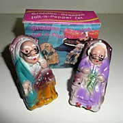 Grandma & Grandpa Salt-n-Pepper Shakers *New in Box