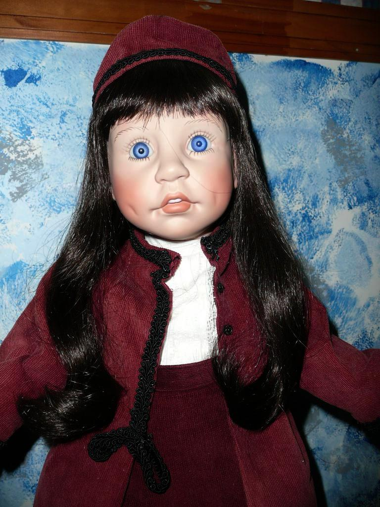 1988 'Sincerity' Lee Middleton Doll *MINT