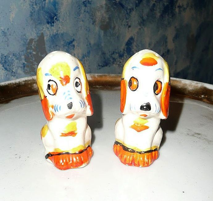 Funny Dogs Salt And Pepper Shakers From Cixiscollectibles