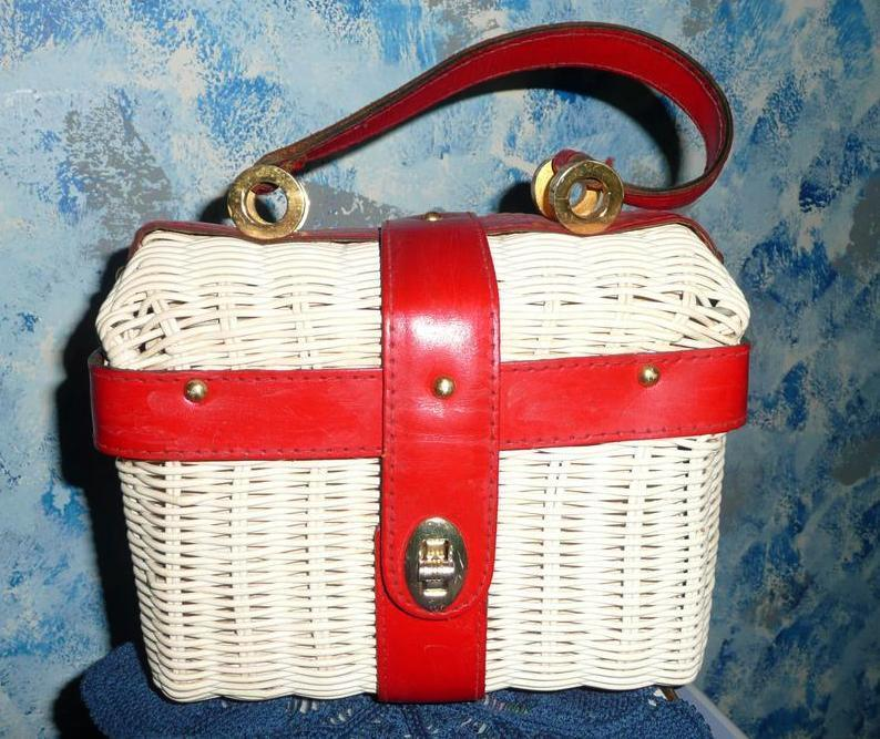 1960's ENCORE Red Leather White Plastic Straw Purse