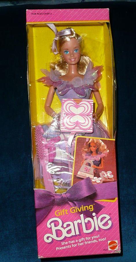 1985 Mattel Gift Giving Barbie *NIB