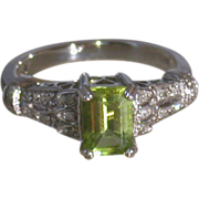 Peridot/Diamond 14K White Gold Ring, Size 6