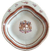 Antique 18th century Chinese Export Famille Rose Porcelain Armorial Shrimp Dish Honorable East