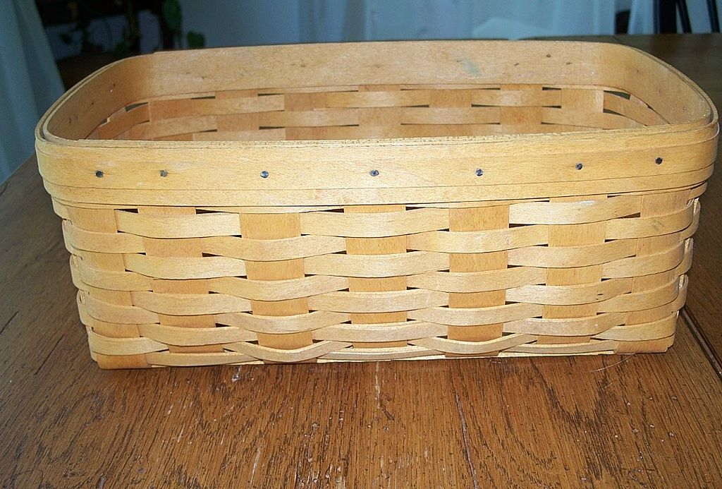Hand crafted longaberger basket 2000 Longaberger baskets for sale