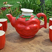Tomato Faced Teapot With Five Glasses Japan