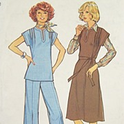 Vintage 1976 Sewing Pattern 'Simple-to-Sew' Simplicity 7602 - Pullover Dress, Top and Pants, S