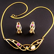 Pastel Ribbon Necklace & Earrings, Open-Work Gold-Tone Design with Amethyst & Rose Quartz Cabo