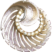 Vintage Rhinestones Circle In A Swirl Pin/Brooch