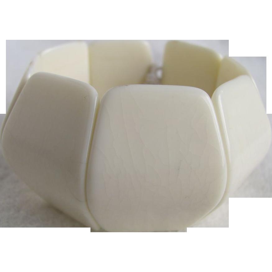 Mid Century Cream Lucite Modernist Style Link Stretch Bracelet- Eames look