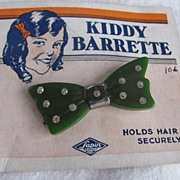 "SALE Art Deco ""Kiddy Barrette"" Green Bakelite on Original Card- Sapin product"