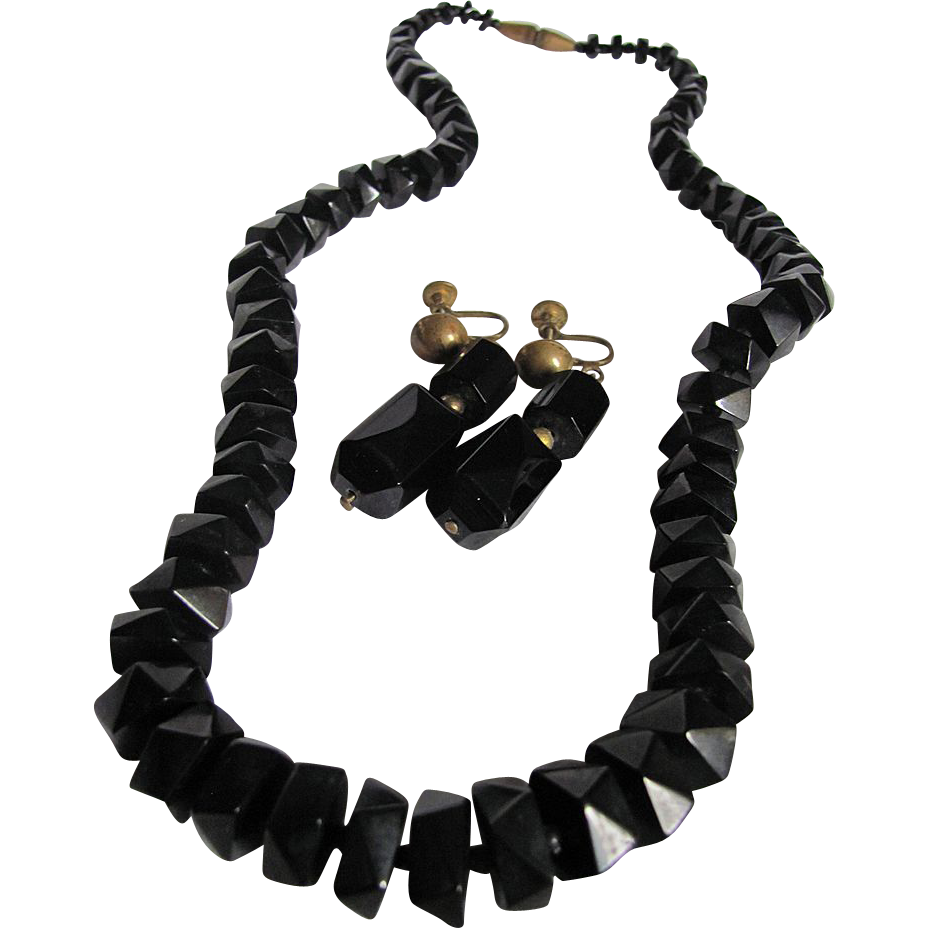 Rare British Whitby Jet Necklace and Earring Facetted Bead Demi Parure