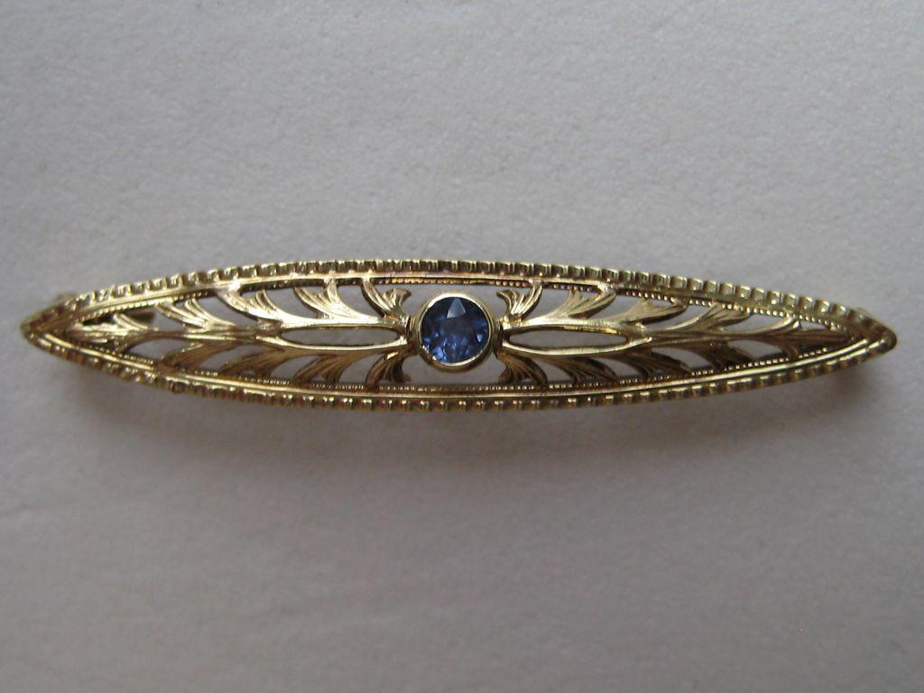 Vintage Art Deco 14k Blue Sapphire Yellow Gold  Bar Pin