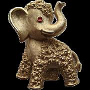 Vintage Trifari Elephant GOP Gold Tone Realistic Pin Brooch