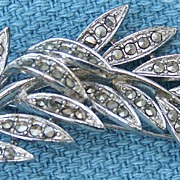 Lisner Silvertone and Smoky Rhinestone Leaf Pin Brooch
