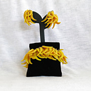 SALE Vintage Vendome Plastic ChaCha Demi Bracelet Earring Set Valentine Gift