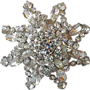 Spectacular Vintage Unmarked Weiss BIG Layered Rhinestone Flower Pin