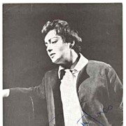 Dame Gwyneth Jones Autograph. Signed Photo. CoA. 5 x 7.