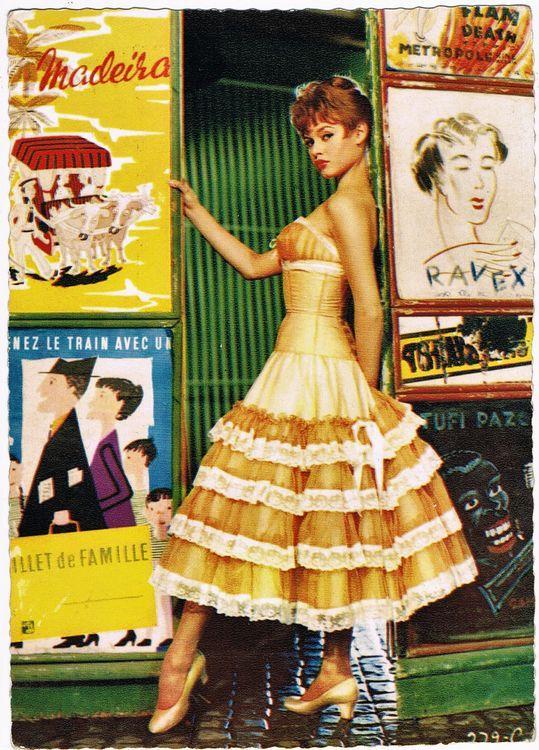 old Brigitte Bardot Autograph