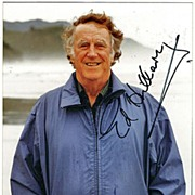 Edmund Hillary Autograph on Color Photo. CoA
