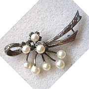 SALE Sterling Silver Cultured Pearl Bow Brooch/Pin