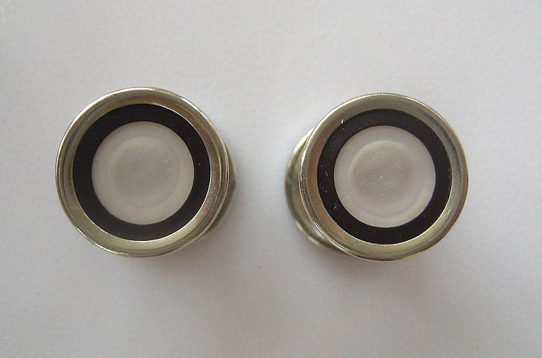 Baer & Wilde Silvertone Kum-A-Part Mother-of-Pearl and Black Enamel Snap Cufflinks