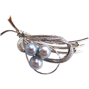 SALE Circa 1950s-60s Sterling Silver Cultured Grey Akoya Cultured Pearl Brooch/Pin