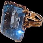 Estate 18k Italian Synthetic Spinel Ladies ring Striking Aquamarine Color