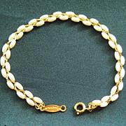 SALE Feminine Vintage Freshwater Pearl and Gold tone Bracelet