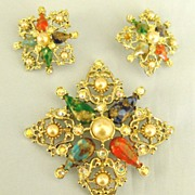 SALE Sparkling Vintage Art Glass, Faux Pearls and Rhinestone Brooch and Clip Earrings Demi Par