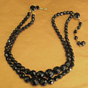 Lovely Vintage Faceted Czech Glass Graduated Double Strand Necklace
