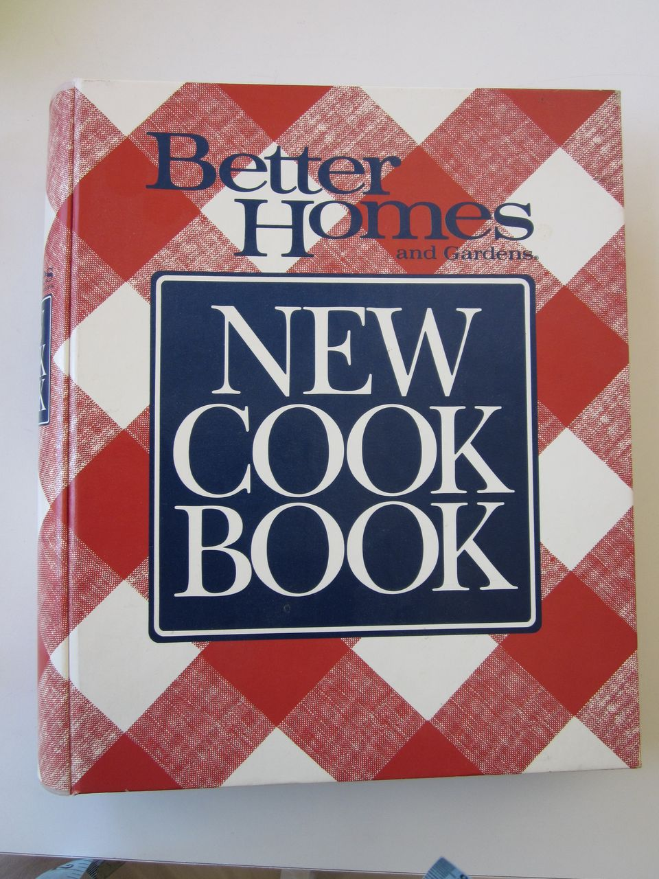 1989 Better Homes and Gardens New Cook Book, 5 Ring Binder, Very Clean Copy